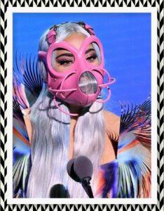 Lady Gaga cubrebocas