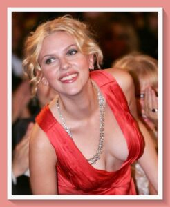 Scarlett Johansson sin ropa interior
