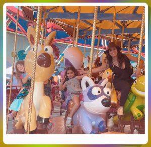 Así fue el viaje de los Derbez en Disneylandia